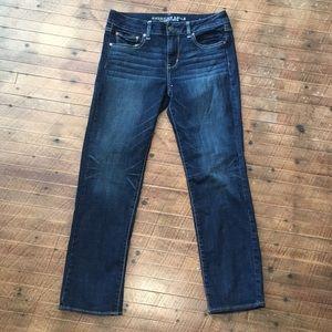 AEO straight super stretch 10 short jeans